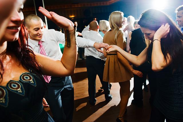 jak oni tańczą