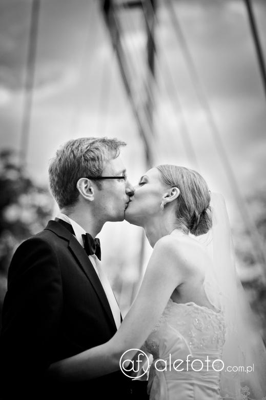 plener ślubny na moście