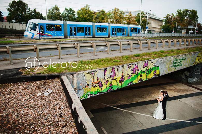 plener śłubny na Placu Społecznym we Wrocławiu