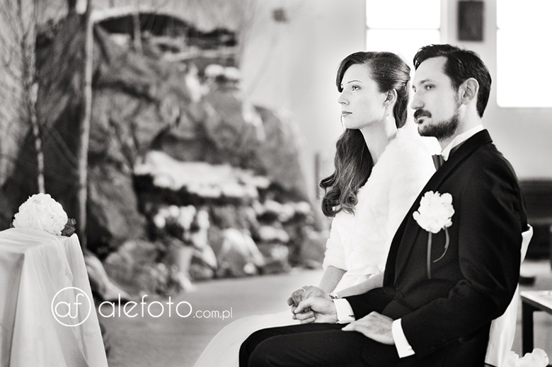 zdjęcia ślubne z kościoła św. Wojciecha