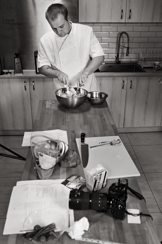 przygotowywanie potraw do zdjęć