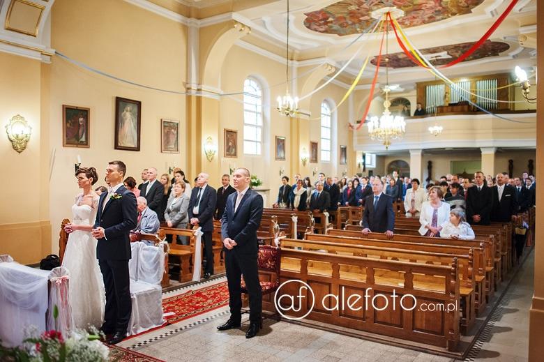 ceremonia ślubna na zdjęciu