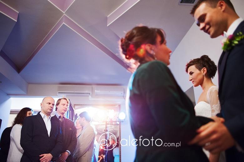 fotografia ze składania życzęń ślubnych