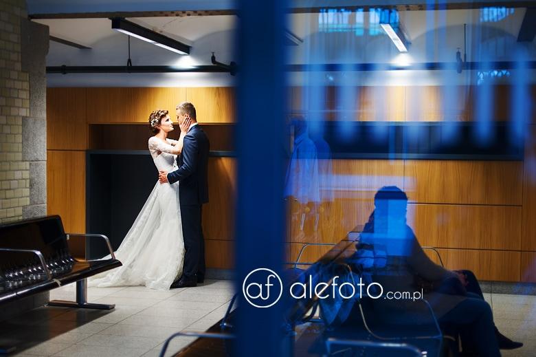 plener ślubny w stylu reporterskim