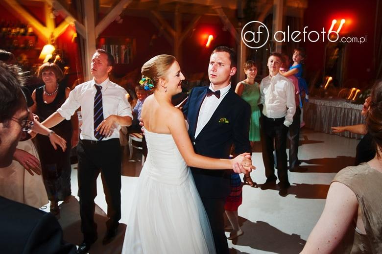 taniec młodej pary