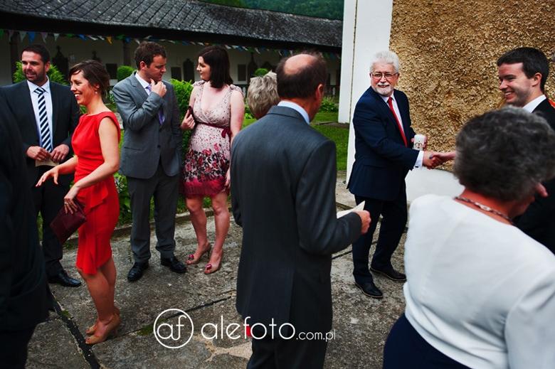 reporterskie zdjęcia ślubne