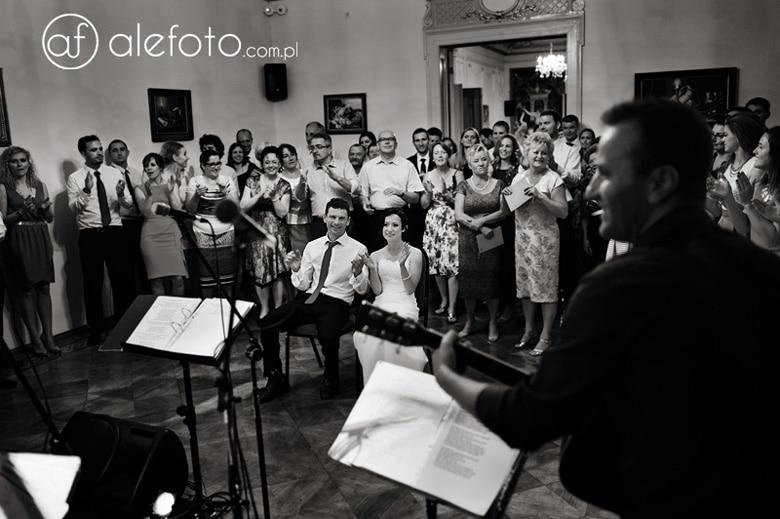 śpiewy na weselu