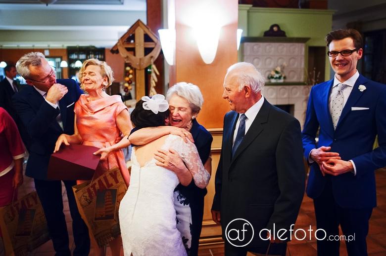 dobre zdjęcia ze ślubu