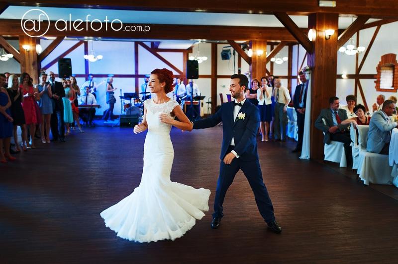 pierwszy taniec zdjęcia ślubne