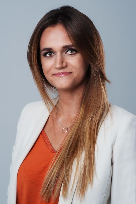 Studyjny portret biznesowy do intranetu | portrety biznesowe Wrocław
