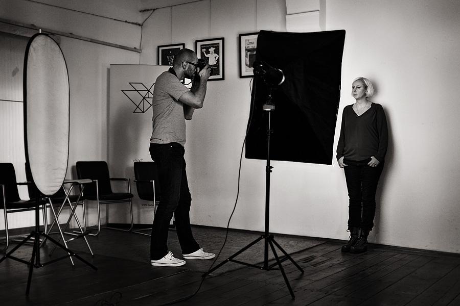 Kulisy sesji portretowej dla Fundacji | zdjęcia wizerunkowe Wrocław