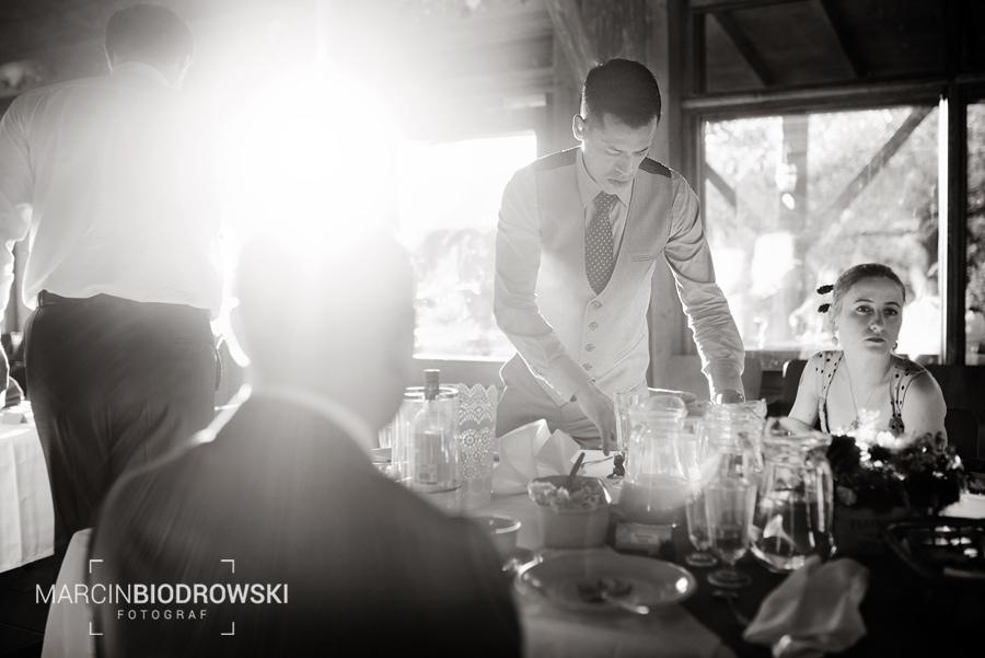 Czarno-białe zdjęcia ślubne | reportaż ślubny Wrocław