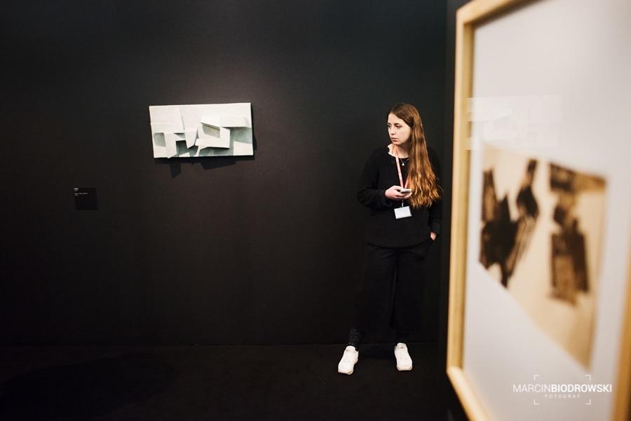 """Wystawa Eduardo Chillidy """"Brzmienia"""""""