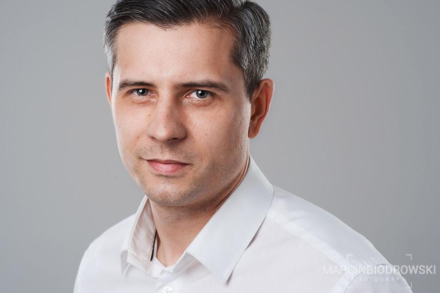 portret biznesowy trenera szkoleniowca