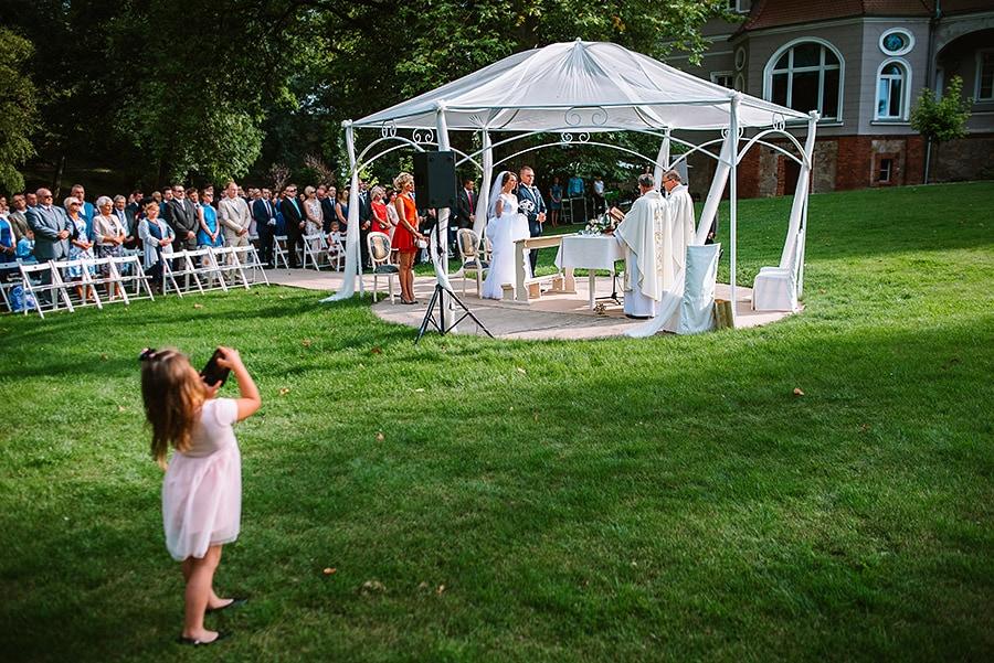 ślub w plenerze fotograf