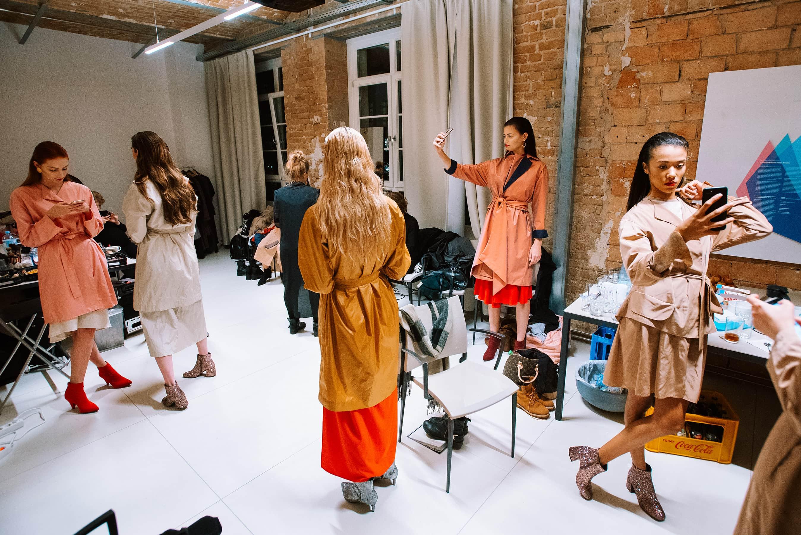 modelki na backstage