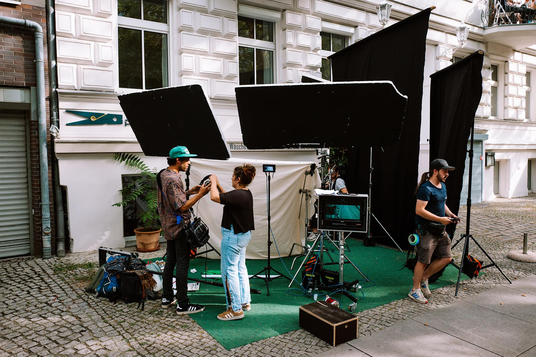 studio film owe na ulicach berlina