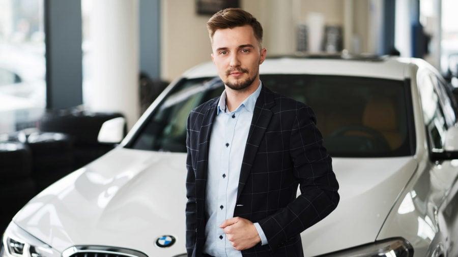 portrety dealer samochodowy
